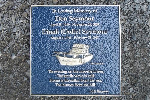 memorial-plaque-1